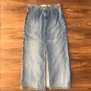 Vintage gap jeans long rivet skirt - size 4